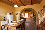 apartment FITTO: Apartment with pool to rent in Farm holidays in Tuscany, near Cortona